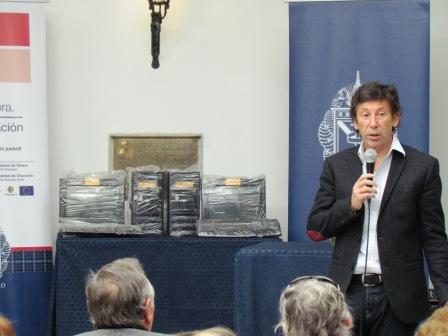 El objetivo es el cuidado del ambiente y la inclusión tecnológica. El intendente Gustavo Posse entregó 20 computadoras recicladas a diversas instituciones locales.