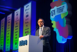 """Scioli prometió ante empresarios, abordar la inflación con crecimiento y descarto """"ajustes y megadevaluaciones"""""""