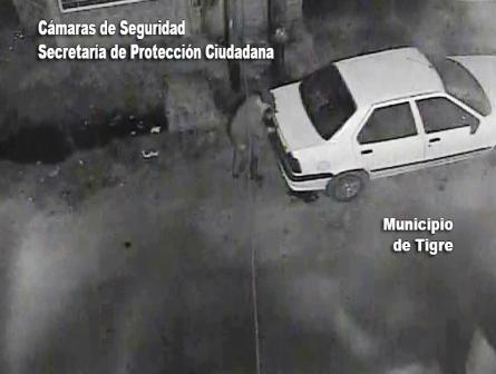 Lo detienen robando un auto debajo de un cámara de Tigre