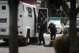 Detienen al chofer del blindado robado en San Isidro como supuesto coautor