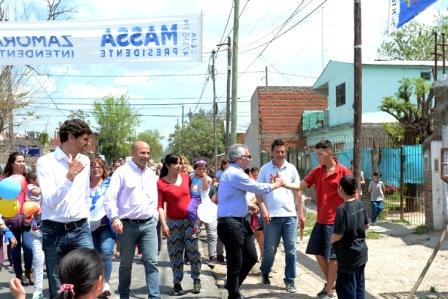 Julio Zamora cerró su campaña con una amplia recorrida por Don Torcuato y un gran apoyo vecinal