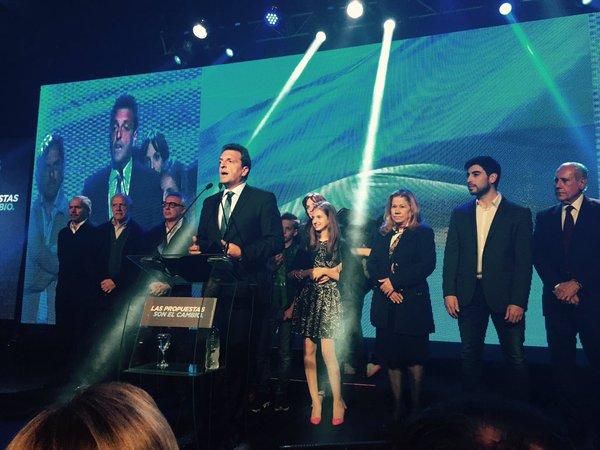 """Sergio Massa felicito a Macri y a Scioli por """"la elección que hicieron"""""""