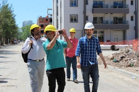 El asesor de la Dirección Ejecutiva de ANSES, Martín Gianella, recorrió las obras pertenecientes al Desarrollo Urbanístico de 442 viviendas que el programa Procrear construye en Rincón de Milberg