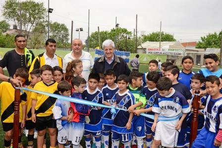 Andreotti inauguró el 4to Playón Deportivo en el barrio Aviación