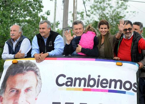 Mauricio Macri también se comprometió a impulsar 82 % móvil para jubilados