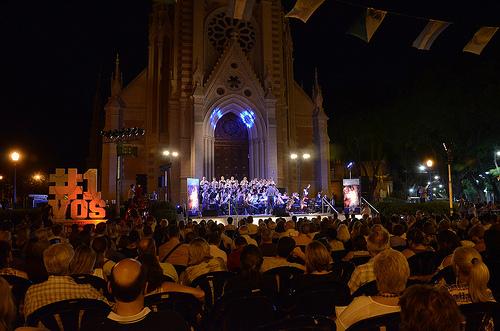 Más de mil personas en el concierto de navidad en San Isidro