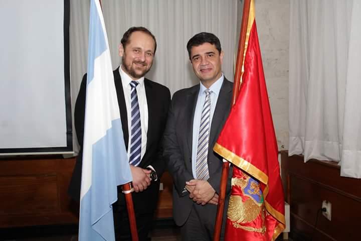 El embajador de Montenegro, Gordan Stojovic, junto al intendente de Vicente López, Jorge Macri