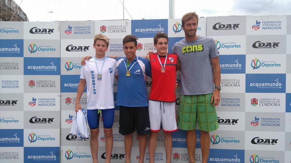 Nadadores Sanisidrenses ganaron 25 medallas en el Campeonato Nacional