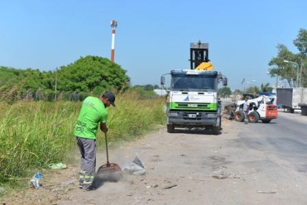San Fernando limpió parte de la Ruta Provincial N° 197 y pidió por la finalización de las obras del Puente Taurita.