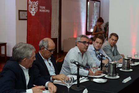 Tigre pidió a la Provincia una solución urgente al problema del transporte en el Delta