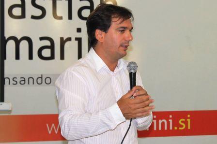 El senador provincial Sebastián Galmarini presentó dos proyectos en la Cámara Alta bonaerense para declarar de Interés Provincial y de Interés Legislativo al Campeonato Mundial de Yachting de la clase 470