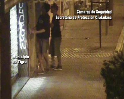 Detienen a dos grafiteros en Tigre detectados por las cámarasde seguridad
