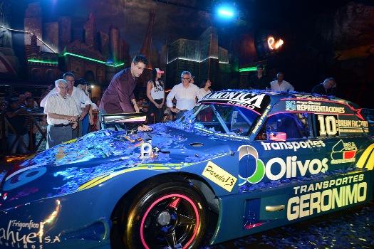 Rodrigo Feijoó presentó su auto para las Pistas del TC Regional