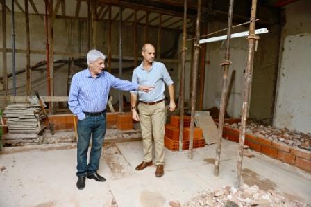 Luis Andreotti recorrió las obras de remodelación del Concejo Deliberante de San Fernando