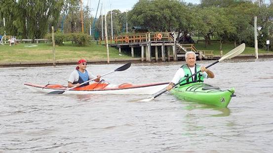 Clases gratuitas de deportes náuticos para adultos en San Isidro