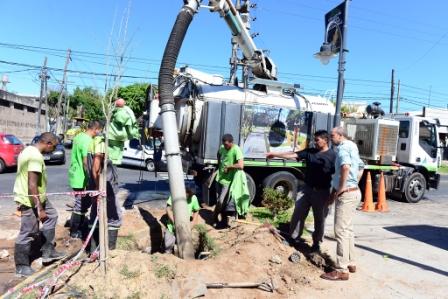 San Fernando mejora calles, cordones y la hidráulica del barrio Crisol