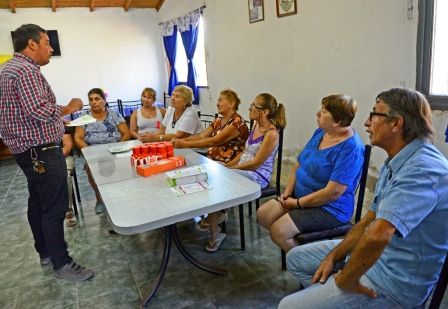 San Fernando extiende la prevención del dengue a los Centros de Jubilados