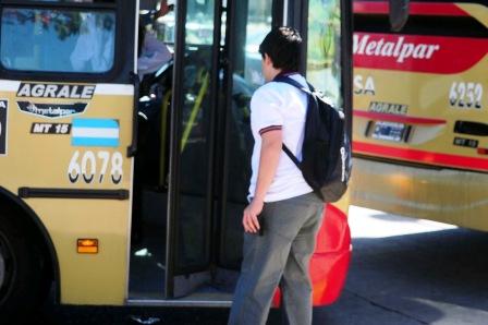 Los estudiantes de Tigre podrán viajar más barato con el Boleto Universitario