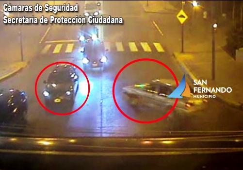 Las cámaras de San Fernando captan el choque de tres autos
