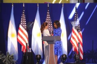 Michelle Obama compartió una actividad con Awada y destacó el liderazgo de las mujeres en la política Argentina