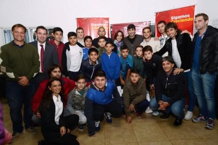 Volskwagen Junior Masters: los juveniles de Tigre ya viajan a Francia