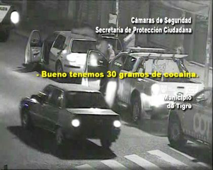 Detienen a dos sujetos armados y con drogas en un control policial en Tigre