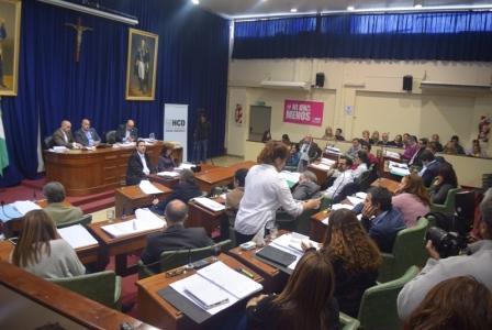 El Concejo Deliberante de San Isidro aprobó este miércoles (18/5) la Ordenanza de creación de una agencia de recaudación municipal, proyecto presentado en la comisión de Presupuesto y Hacienda por el propio secretario del área Juan José Miletta.