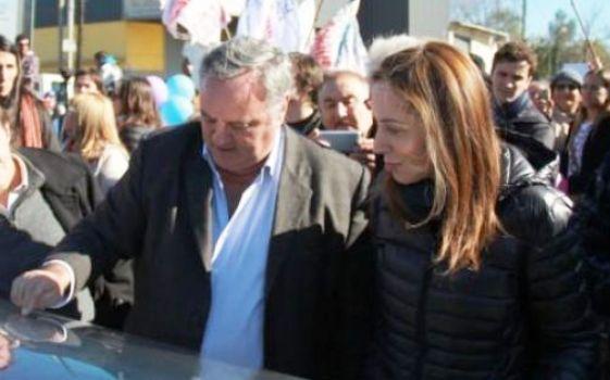 La gobernadora bonaerense, María Eugenia Vidal, oficializó hoy la incorporación a su gabinete del ex massista e intendente de San Miguel, Joaquín De La Torre: