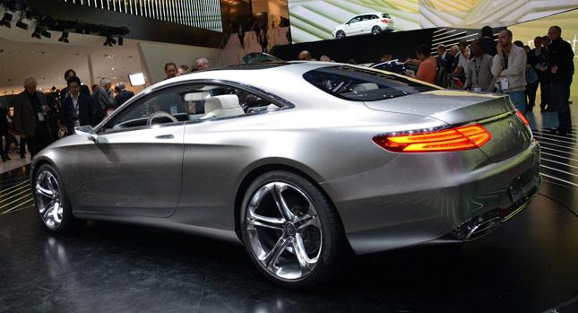 Mercedes-Benz anunció el lanzamiento en Argentina del nuevo C300 Coupé AMG-Line