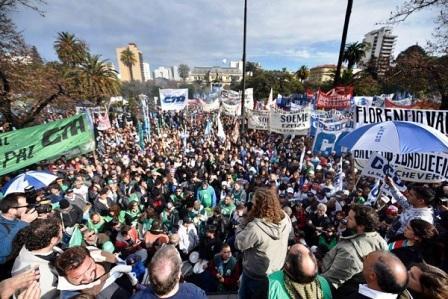 ATE rechaza el aumento ofrecido por Vidal y se confirma como gremio mayoritario.