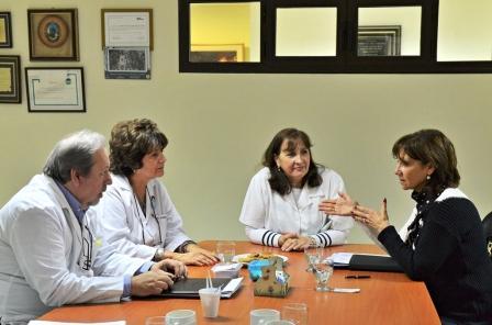 En este marco, la Secretariade Medio Ambiente y Salud Pública, Alicia Aparicio sostuvo una reunión de trabajo con la Directora del Hospital, Dra. Claudia Monti, donde acordaron una agenda de cooperación para avanzar conjuntamente.
