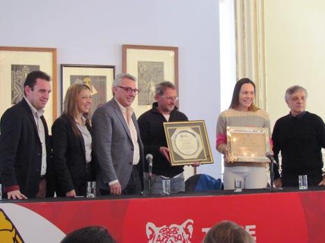 Tigre homenajeó a las Leonas antes de su participación en los Juegos Olímpicos