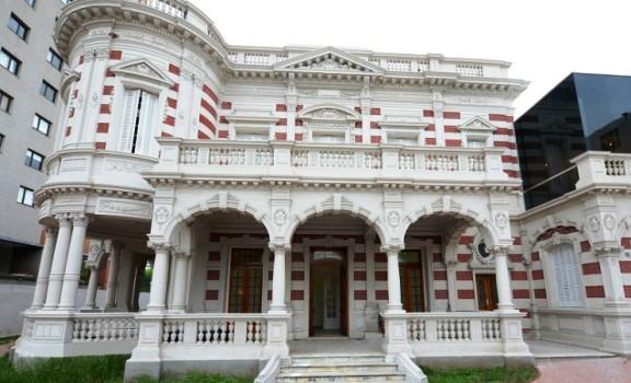 Casa de las Culturas, un espacio de arte contemporáneo en Tigre
