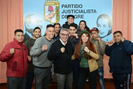 El intendente de Tigre participó de un plenario del Partido Justicialista local, en el que se reflexionó sobre el rol del movimiento en el siglo XXI y los desafíos que se le presentan como organización.