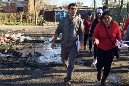 Federico Ugo recorrió el barrio Parque San Lorenzo y denunció el abandono municipal