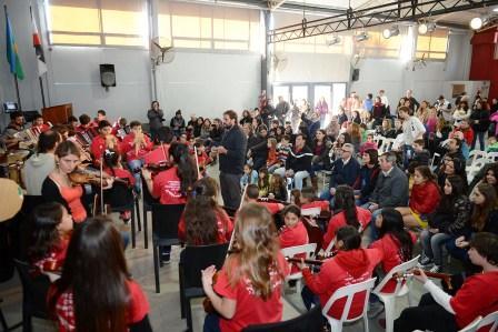 Orquestas de Tigre unieron música y solidaridad