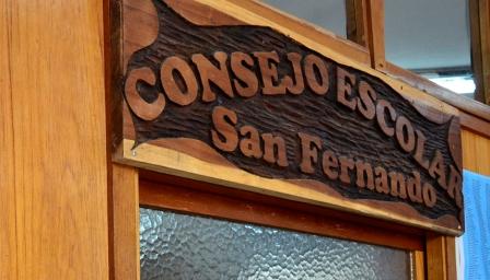 El Consejo Escolar de San Fernando llevará la inscripción a cargos auxiliares a las escuelas de islas