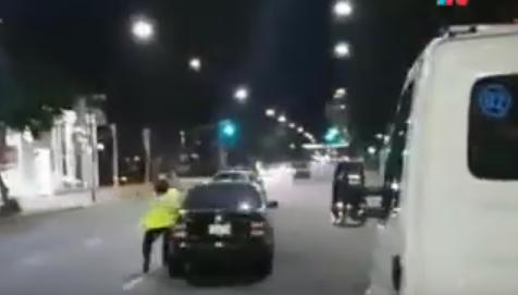 Un hombre atropelló a dos agentes viales en Vicente López al intentar escapar de control de alcoholemia