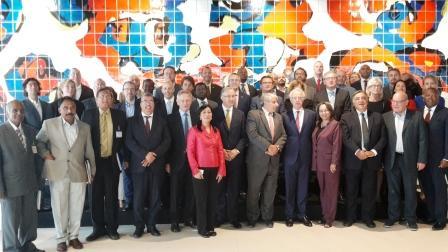 """El intendente de Pilar, Nicolás Ducoté participó este fin de semana de la cumbre de alcaldes """"Global Parliament of Mayors"""" (GPM) en La Haya, Holanda, donde se dieron cita más de 75 dirigentes de distintas ciudades del mundo."""