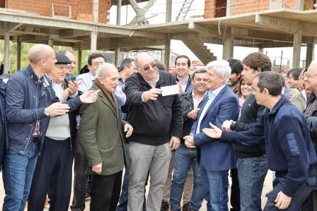 San Fernando aportó otro tramo del subsidio para el nuevo Cuartel de Bomberos