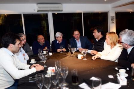 Sergio Massa e intendentes del FR se reunieron en San Fernando por el Presupuesto 2017