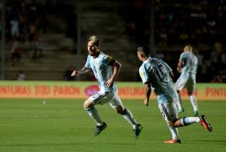 Argentina revivió de la mano de Messi y vuelve a estar en zona de clasificación