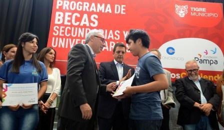 Tigre suma 110 becas para educación superior