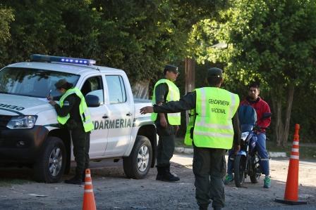 Investigan a gendarmes denunciados por torturar a vecinos de La Cava durante un control