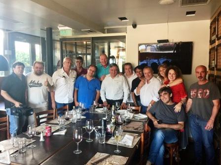 El dirigente peronista de Tigre y secretario general del Sindicato de Trabajadores del ACA (SUTACA), Roberto Passo, mantuvo un encuentro con periodistas y referentes de la Agrupación Lealtad.