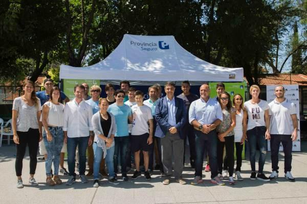 Jorge  Macri entregó más de 30 becas deportivas del Grupo Provincia.