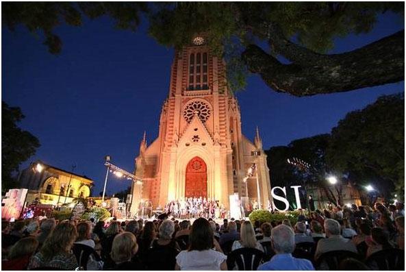 En 2016, más de 420 mil personas participaron en las propuestas culturales de San Isidro.