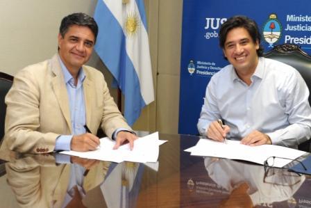 El Intendente de Vicente López Jorge Macri firmó un acuerdo marco de asistencia y cooperación con el Ministerio de Justicia y Derechos Humanos de la Nación representado por Germán Garavano.