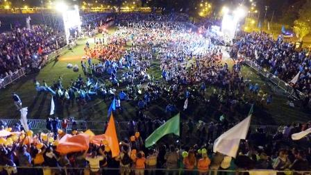 Miles de familias llenaron de color un inolvidable cierre de Colonias de San Fernando