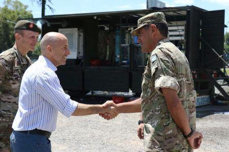 Ducoté recibió al Ejército Argentino, que se suma a la asistencia tras el temporal